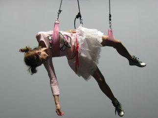 MBTA_Vol_Harnais_Spectacle_Flying_TH chaillot paranoia0046_10
